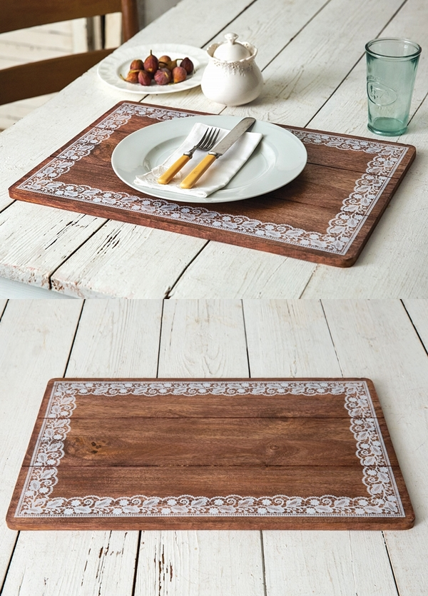 CTW Home Collection Doily-Framed Motif Wooden Farmhouse Placemat