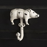 CTW Home Collection Cast Iron Pig Hook with Antiqued Whitewash Finish