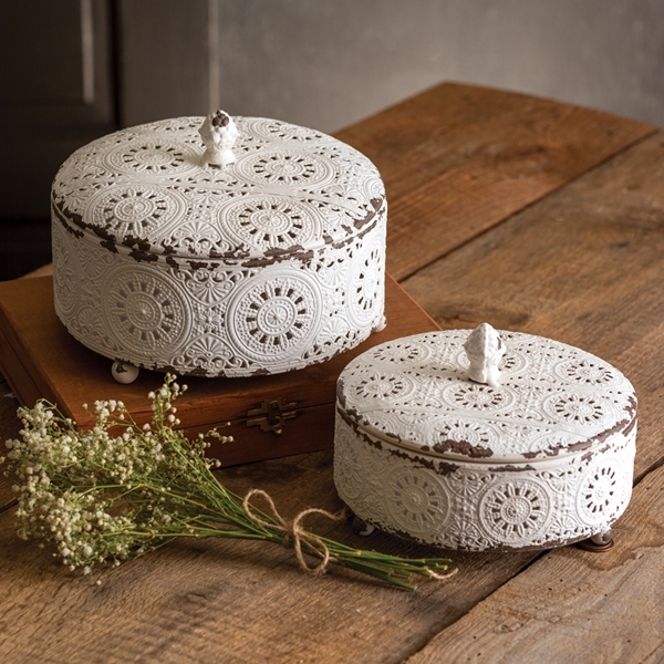 CTW Home Collection Vintage-Lace-Look Tin Trinket Boxes (Set of 2)