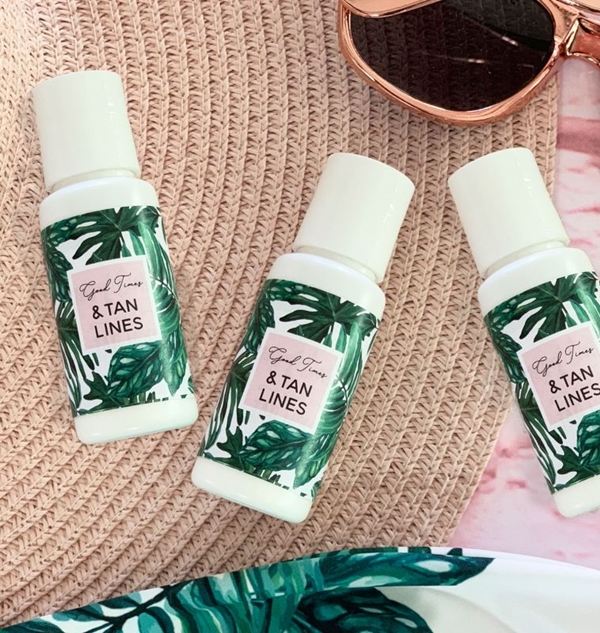 Event Blossom Personalized Palm Leaf Sunscreen Bottles (2 Designs)
