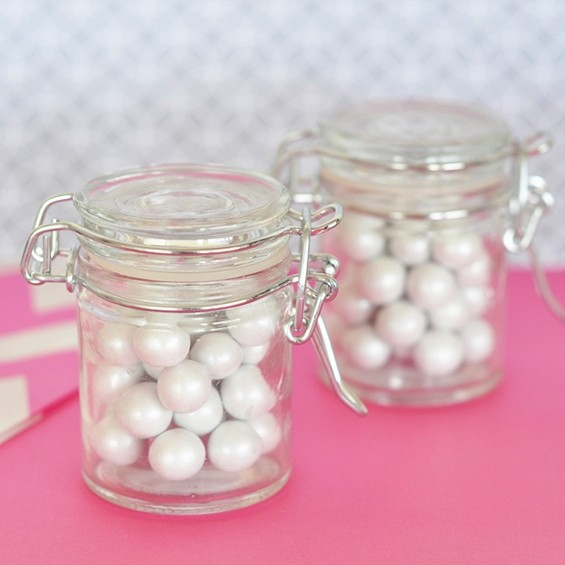 DIY Perfectly Plain Miniature Glass Jars with Swing-Top Lids
