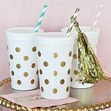 Gold Polka Dot Printed White Plastic Party Cups with Lids (Set of 25)