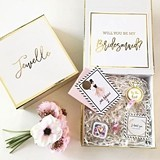 Bridal Party Proposal or Thank You Gift Set in Personalized Gift-Box