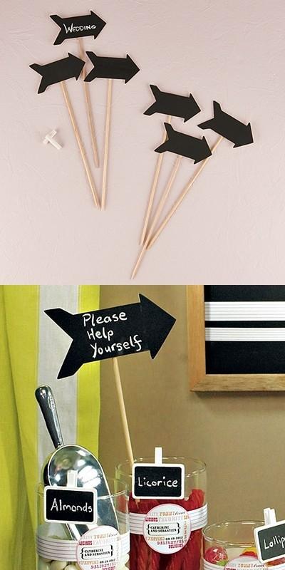 Wooden Black Board Sticks in Directional Arrow Shape (Set of 6)
