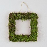 Weddingstar Small Wicker and Faux Moss Square Frame