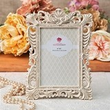 Vintage-Inspired Antique-Ivory Frame with Brushed Gold Leaf