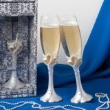 FashionCraft Interlocking Hearts Design Toasting Flutes