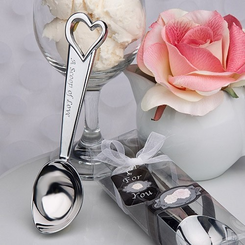 "FashionCraft ""A Scoop of Love"" Ice Cream Scoop Favor"