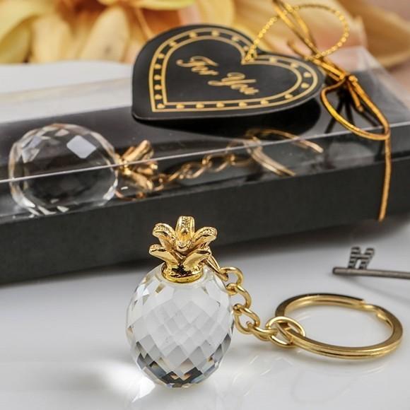 FashionCraft Choice Crystal 'Warm Welcome' Pineapple Key Chain