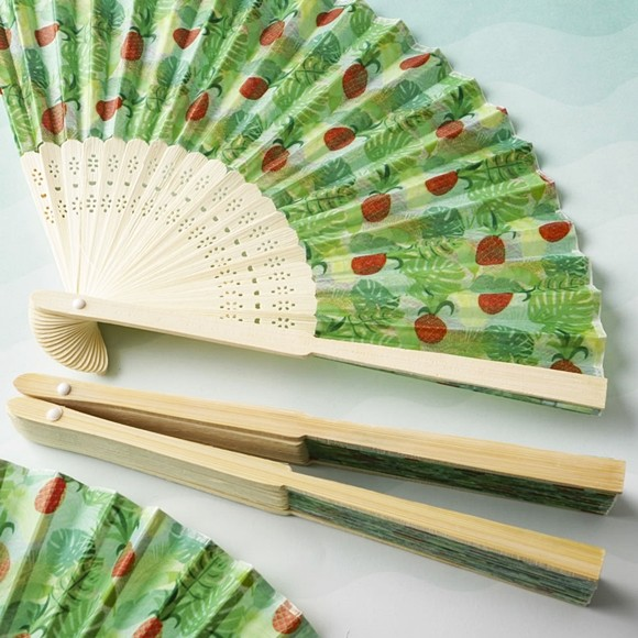 FashionCraft Tropical Chic Pineapple-Themed Silk Folding Fan