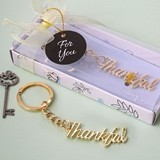 "FashionCraft Gold-Metal Script ""Thankful"" Key Chain"