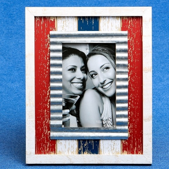 Distressed Wood Red White & Blue with Metal Inner Border 4x6 Frame