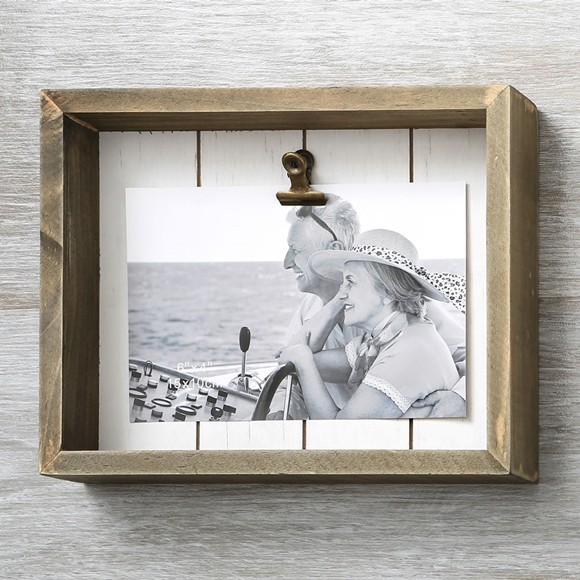 FashionCraft Distressed Wood Shadow Box 6x4 Frame with Holder Clip