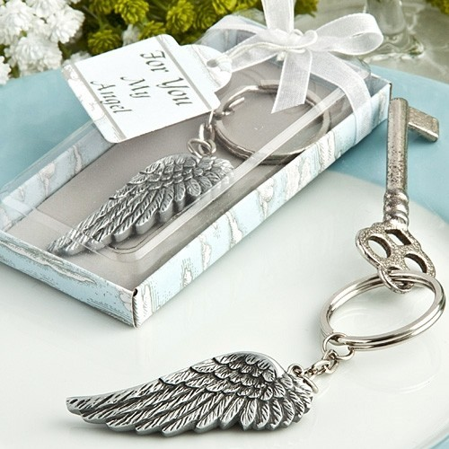 FashionCraft Antiqued-Silver-Finish Angel's Wing-Shaped Keychain