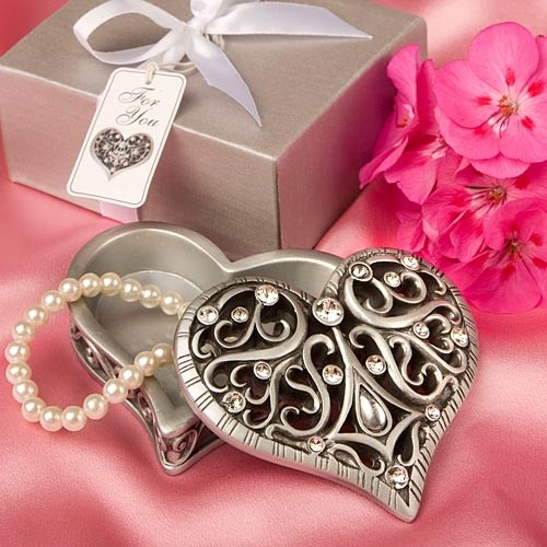 FashionCraft Exquisite Heart Shaped Curio Box