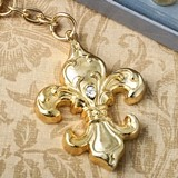FashionCraft Gold-Finish Fleur De Lis Key Chain