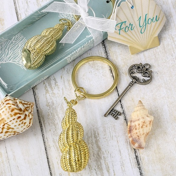 FashionCraft Beach-Themed Gold-Finish Conch Shell Key Chain