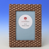 FashionCraft Basket Weave Pattern 4x6 Frame