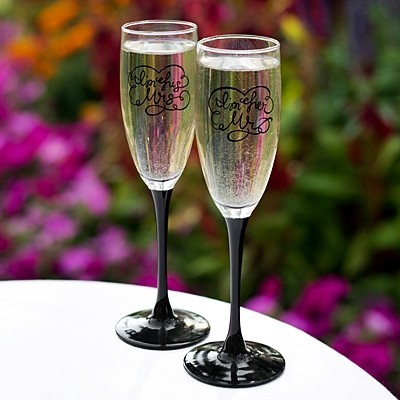 """""""I'm His Mrs"""" and """"I'm Her Mr"""" Toasting Flutes"""