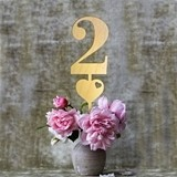 Stylish Birch-Wood Table Numbers with Heart Icon (Set of 6)