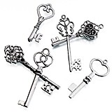Lillian Rose Vintage-Inspired Silvered-Metal Keepsake Keys (Set of 24)