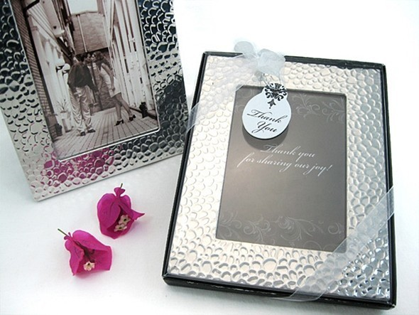 Capture Elegance Photo Frame with Brilliant Hammer Finish in Gift ...