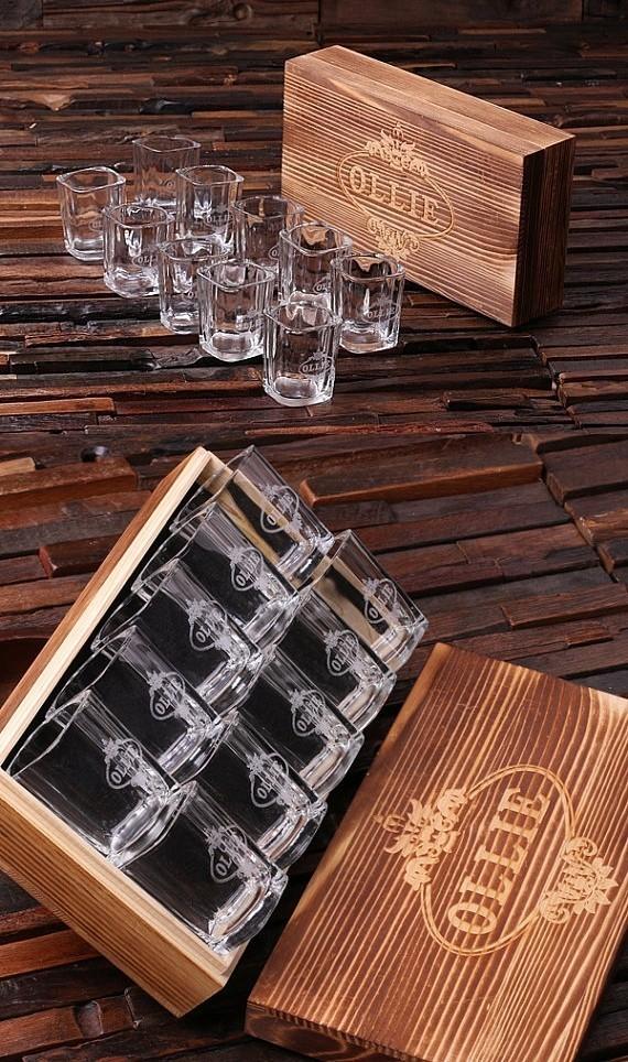 personalized set of 10 shot glasses in keepsake wood gift
